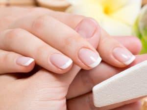 Professionelle Nagelpflege